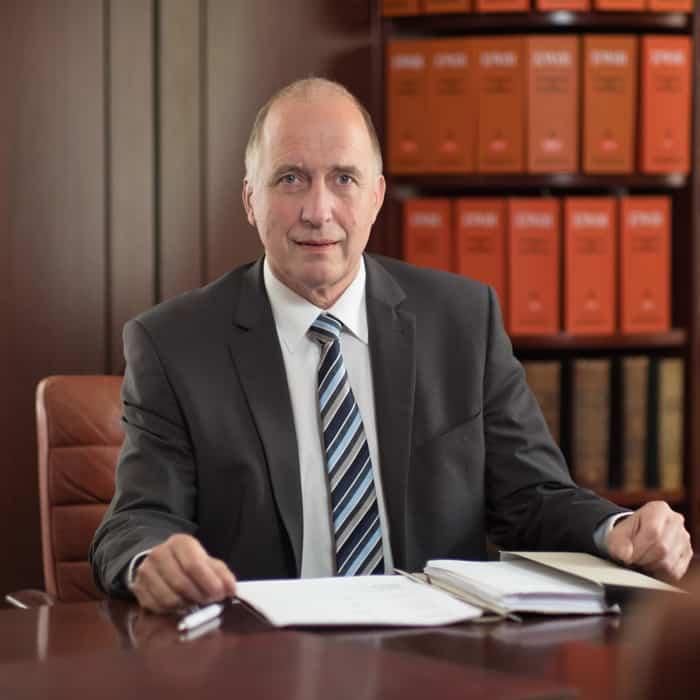 Dr. Arnold Riedenklau SRD